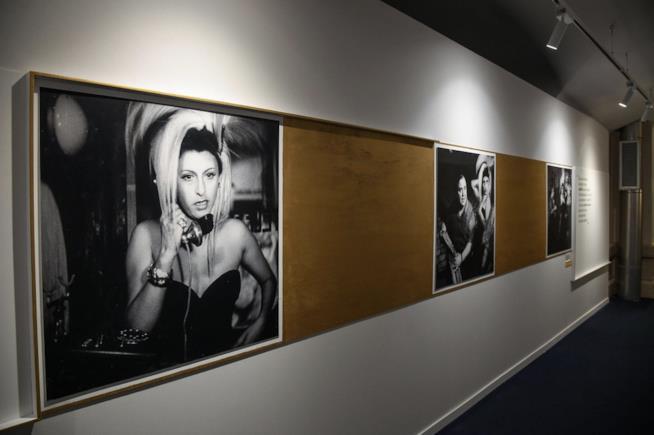 Un corridoio della mostra su Anna Magnani