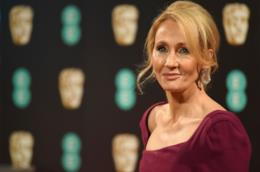 J. K. Rowling sorridente