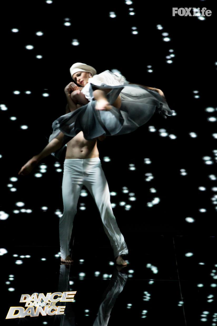 Giulia nell'esibizione singola del settimo serale di Dance Dance Dance 2