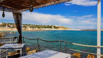 Salento, ristorante con vista mozzafiato sul mare