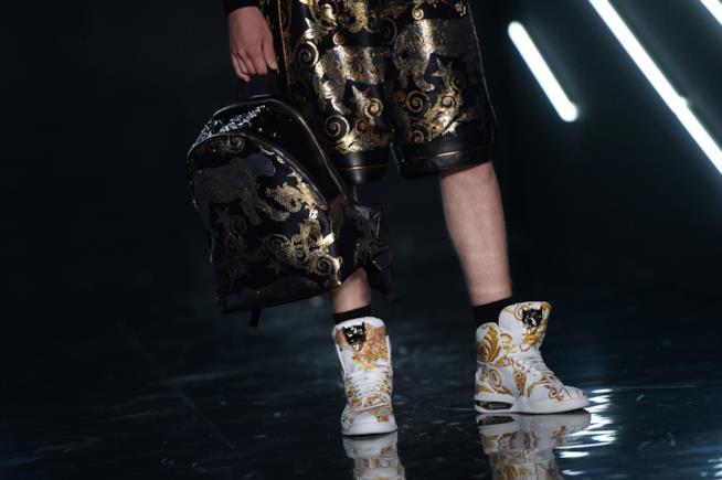 Sneakers e calzettoni di spugna da Philipp Plein