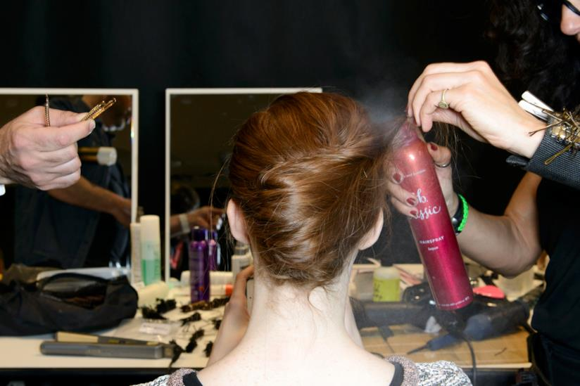Acconciatura su capelli lunghi