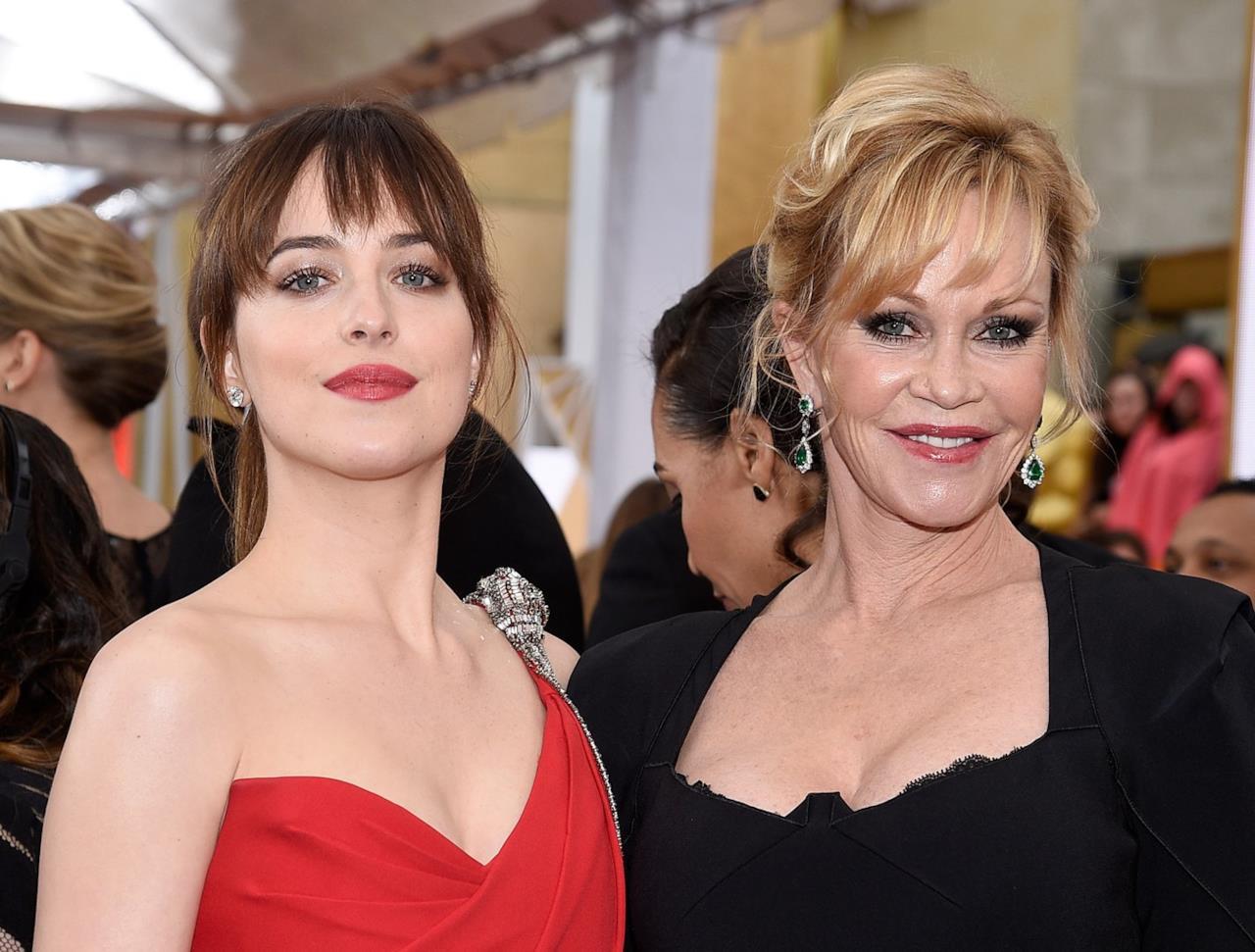 L'attrice Dakota Johnson con la madre Melanie Griffith