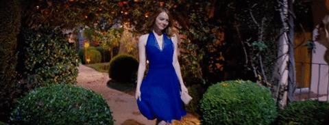 Emma Stone in una scena del film La La Land