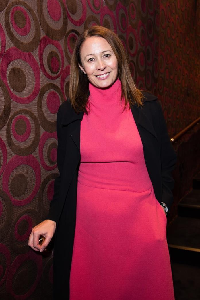 Caroline Rush in rosa a un evento