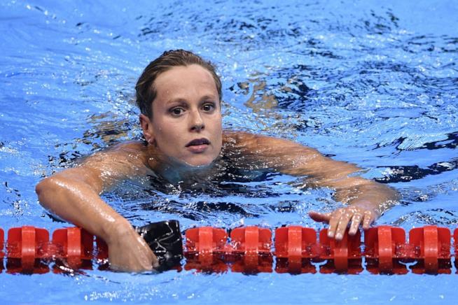 Federica Pellegrini nel suo habitat preferito ovvero la piscina