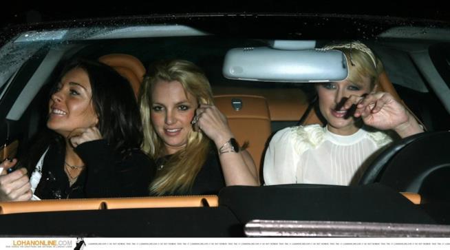 Un vecchio scatto di Lindsay Lohan, Britney Spears e Paris Hilton