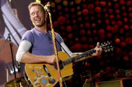 Chris Martin durante un concerto