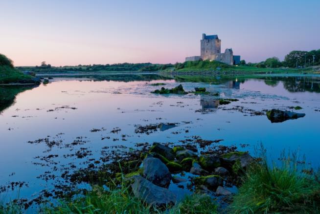 Romantica vista del Castello di Dunguaire
