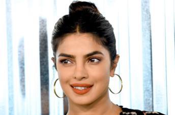 Priyanka Chopra in primo piano