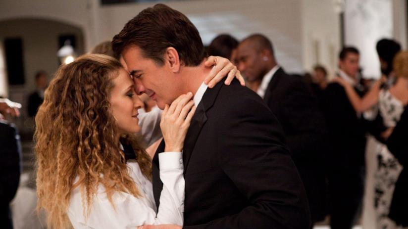 Chris Noth e Sarah Jessica Parker in una scena di Sex an the City