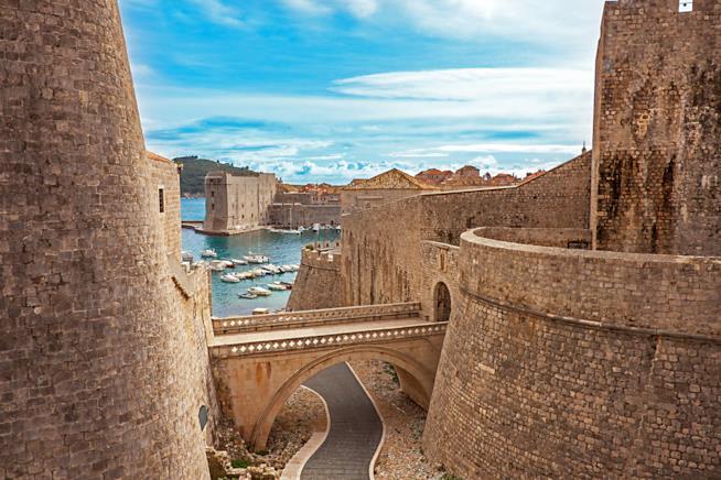 La antiche mura di Ragusa