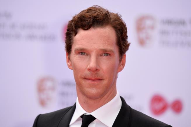 Benedict Cumberbatch semi sorridente