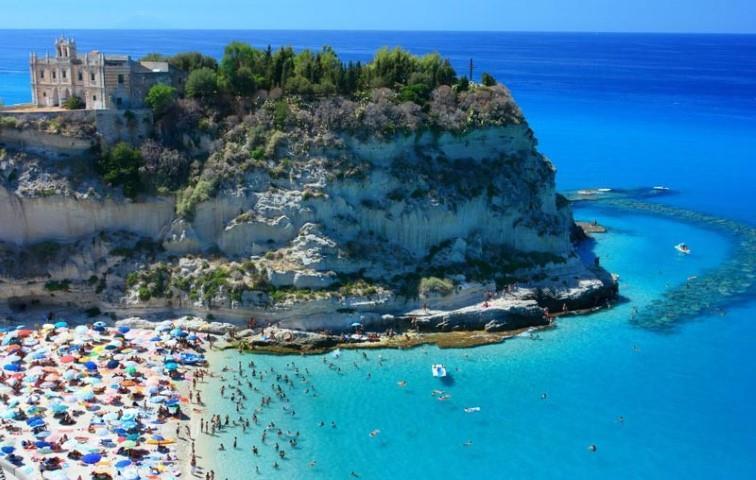 Spiaggia 'A Linguata, Tropea