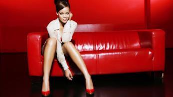 Rihanna bellezza curvy