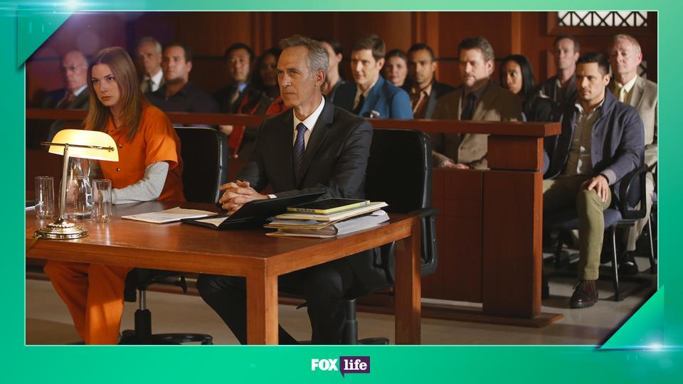 Negli ultimi 2 episodi della serie, Emily Van Camp recita al fianco dell'attore che interpretava suo padre in Everwood.