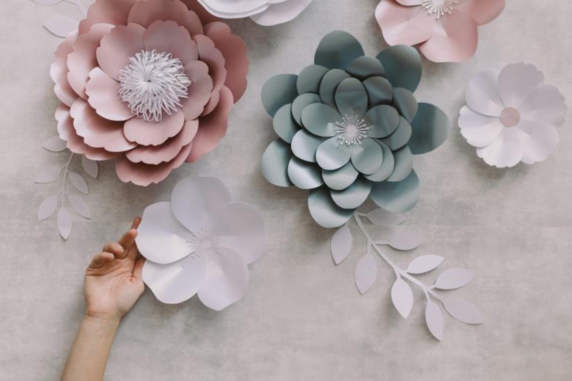 Ritagli floreali di carta