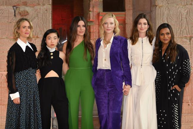 Sandra Bullock con il cast di Ocean's 8