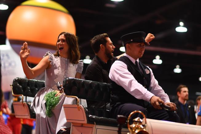 Mandy Moore e Zachary Levi al D23