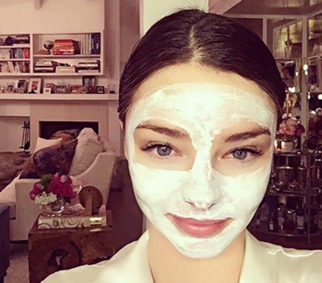 Miranda Kerr ama le beauty mask