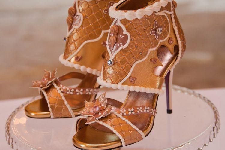 Una panoramica dei sandali di Debbie Wingham