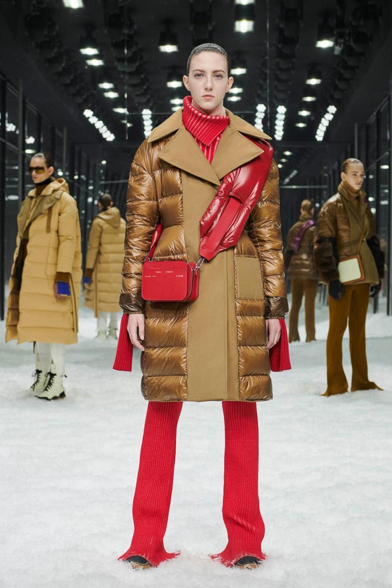 Sfilata MONCLER Collezione Donna Autunno Inverno 19/20 Milano - 38