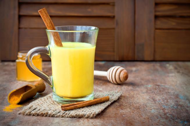 Bicchiere di Golden Milk