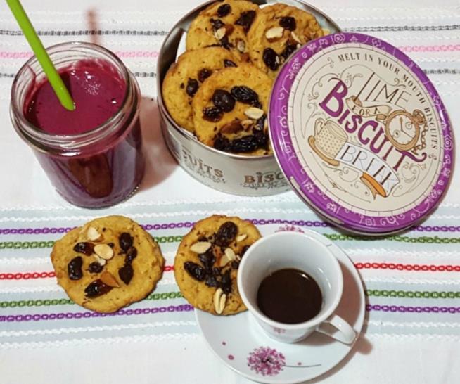Biscotti con frutta secca