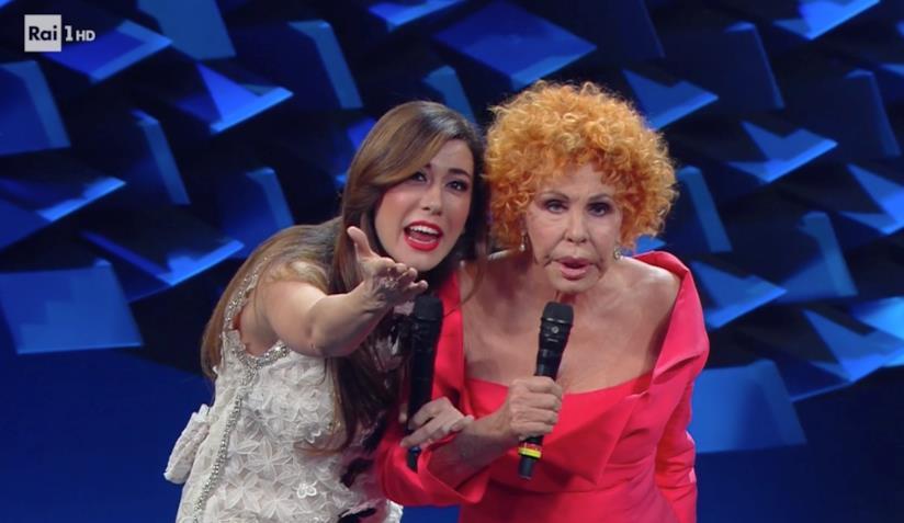 Virginia Raffaele e Ornella Vanoni