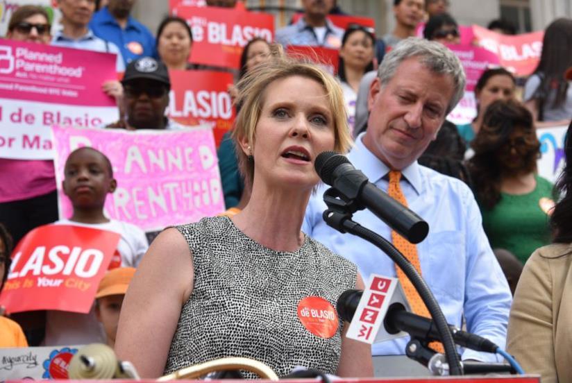 Nixon a supporto del sindaco di NY De Blasio