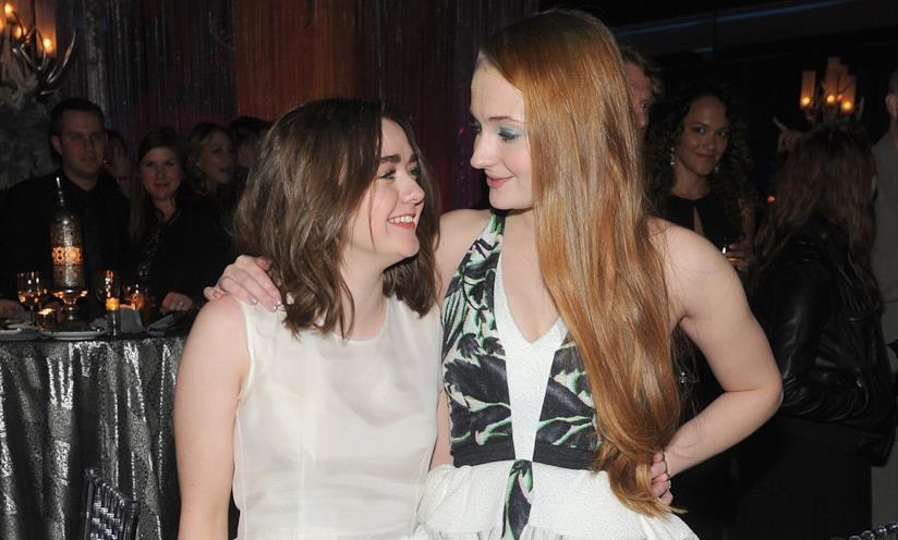 Maisie Williams e Sophie Turner