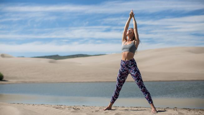 Un momento di una seduta yoga