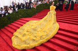 Met Gala 2017, abito giallo