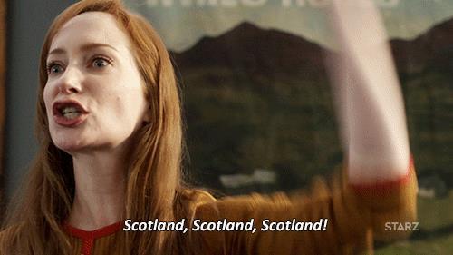 La strega Geillis Duncan che grida Scozia!