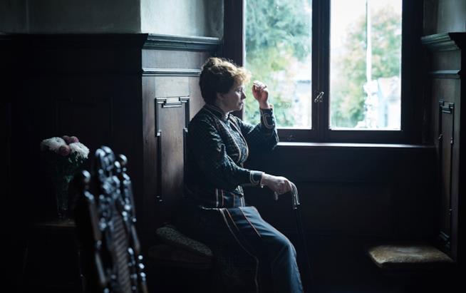 Emily Watson nei panni della moglie di WIlde in The Happy Prince
