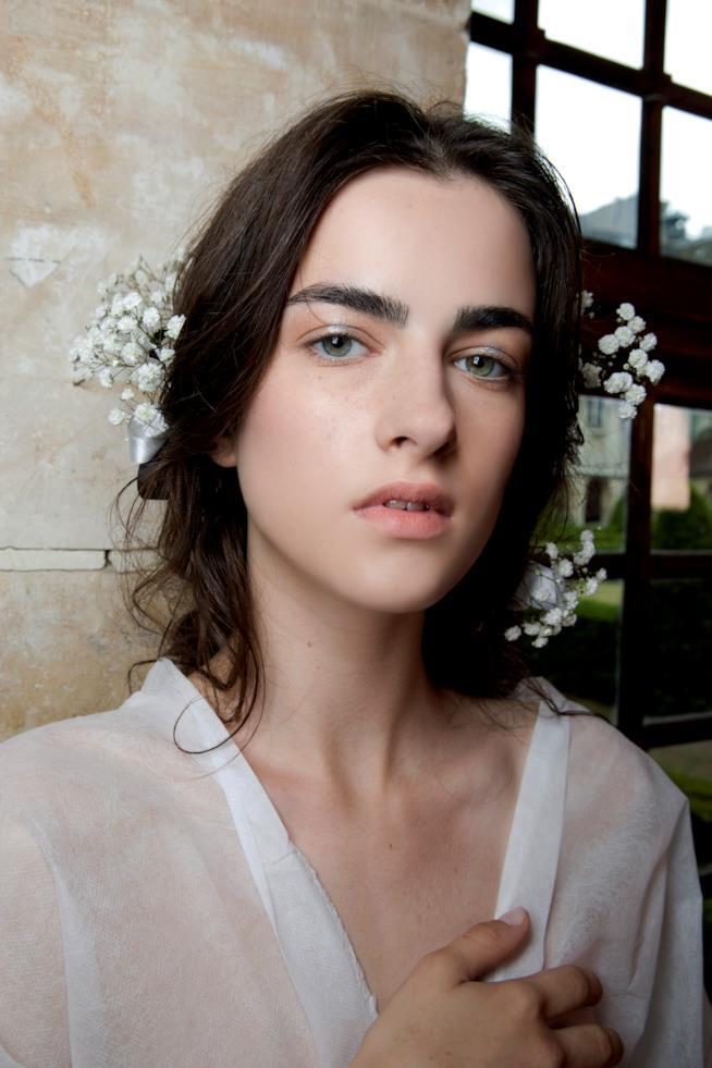 Capelli sposa con fiori