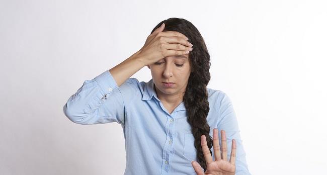 Mal di testa in gravidanza: cause e rimedi