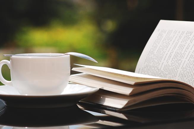 Caffè, cornetto e poesia