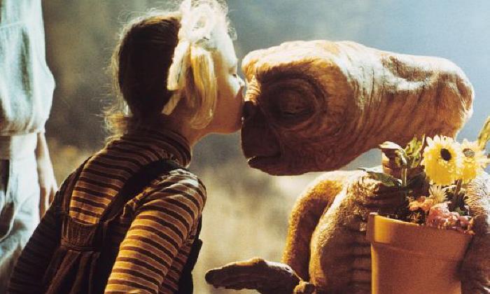 Il bacio di Gertie a E.T.