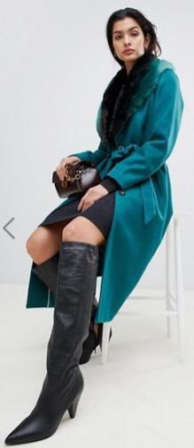 Cappotto classico con pelliccia sintetica