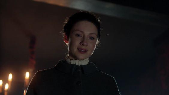 Claire sorride emozionata