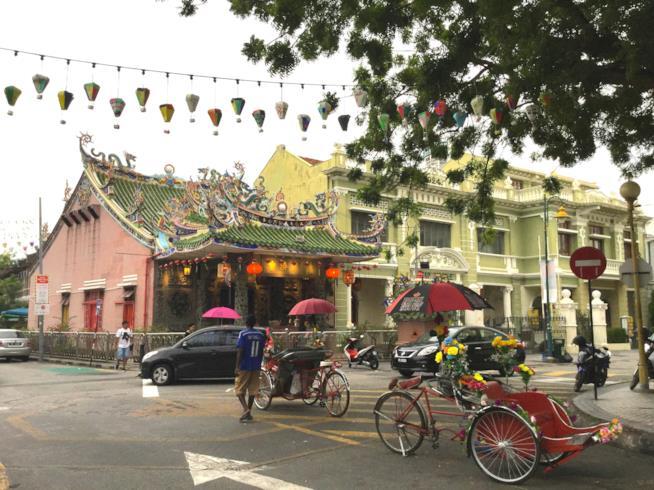 Tempi e case coloniali a Penang