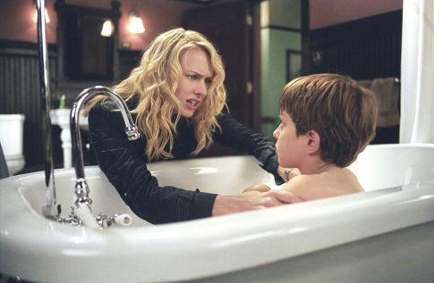 Naomi Watts in una scena di The Ring 2