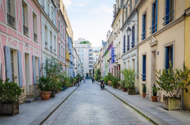 Rue Cremineux