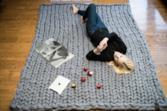 Tappeto rettangolare in lana merinos gigante.
