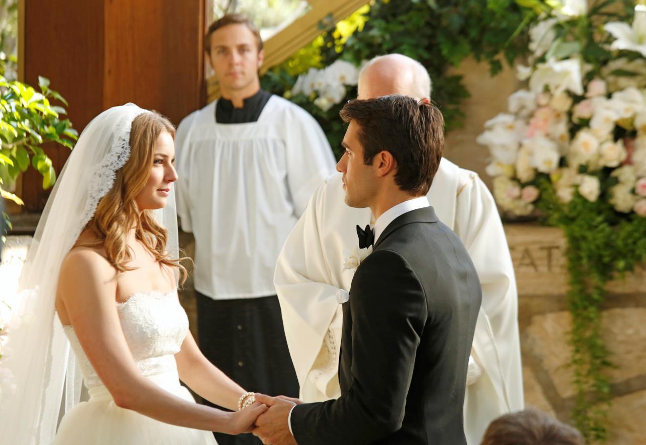 Revenge 3x10 Matrimonio Emily e Daniel 17 OK