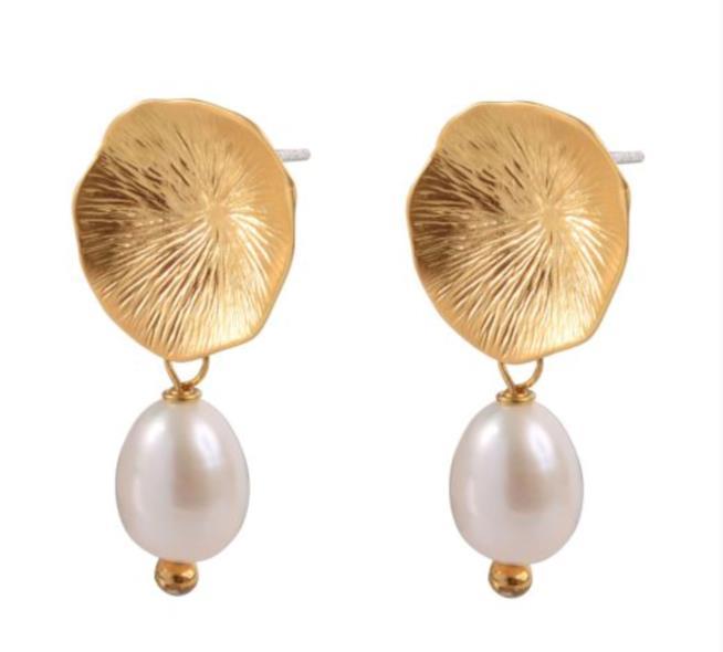 Orecchini in perla naturale marchio ecosostenibile