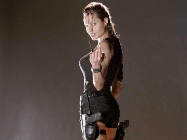 Angelina Jolie nei panni di Lara Croft