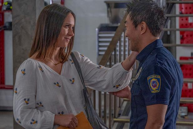 Maddie e Chimney nella seconda stagione di 911