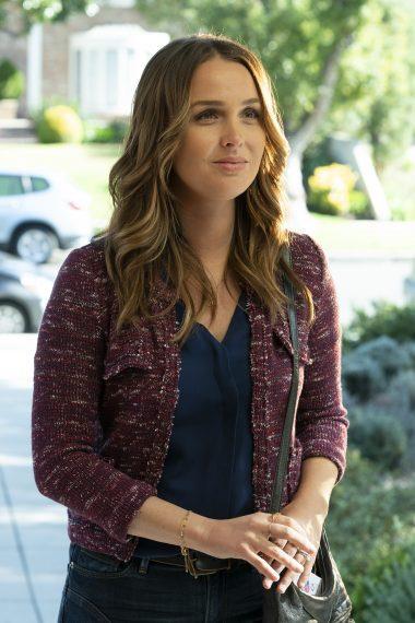 Jo incontra sua madre in una scena di Grey's Anatomy 15x19